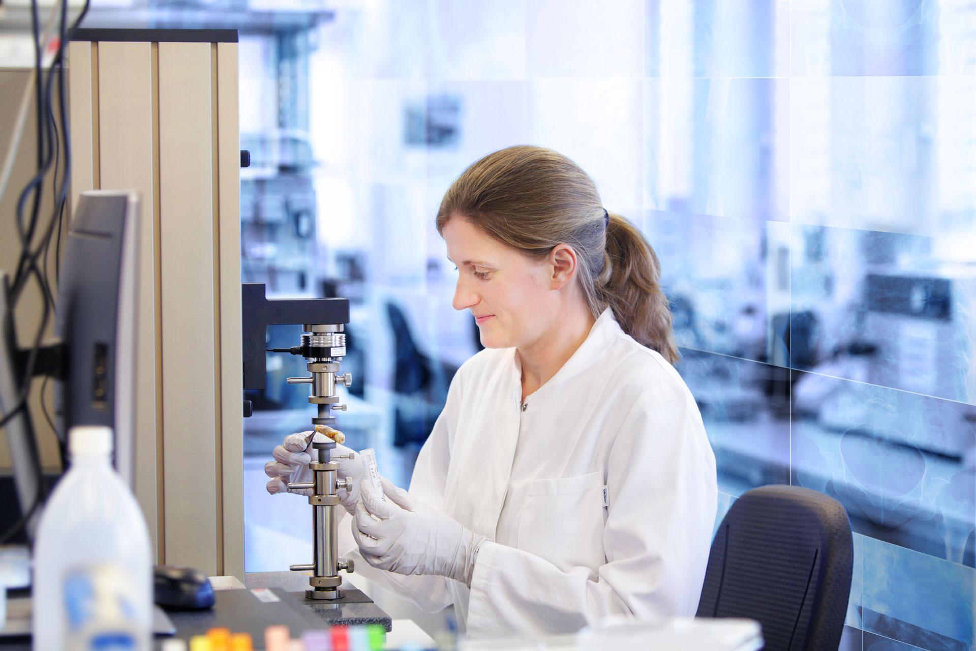 Biomaterials and Bone Regeneration